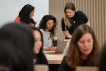 Apple ra mắt chương trình hỗ trợ nữ doanh nhân