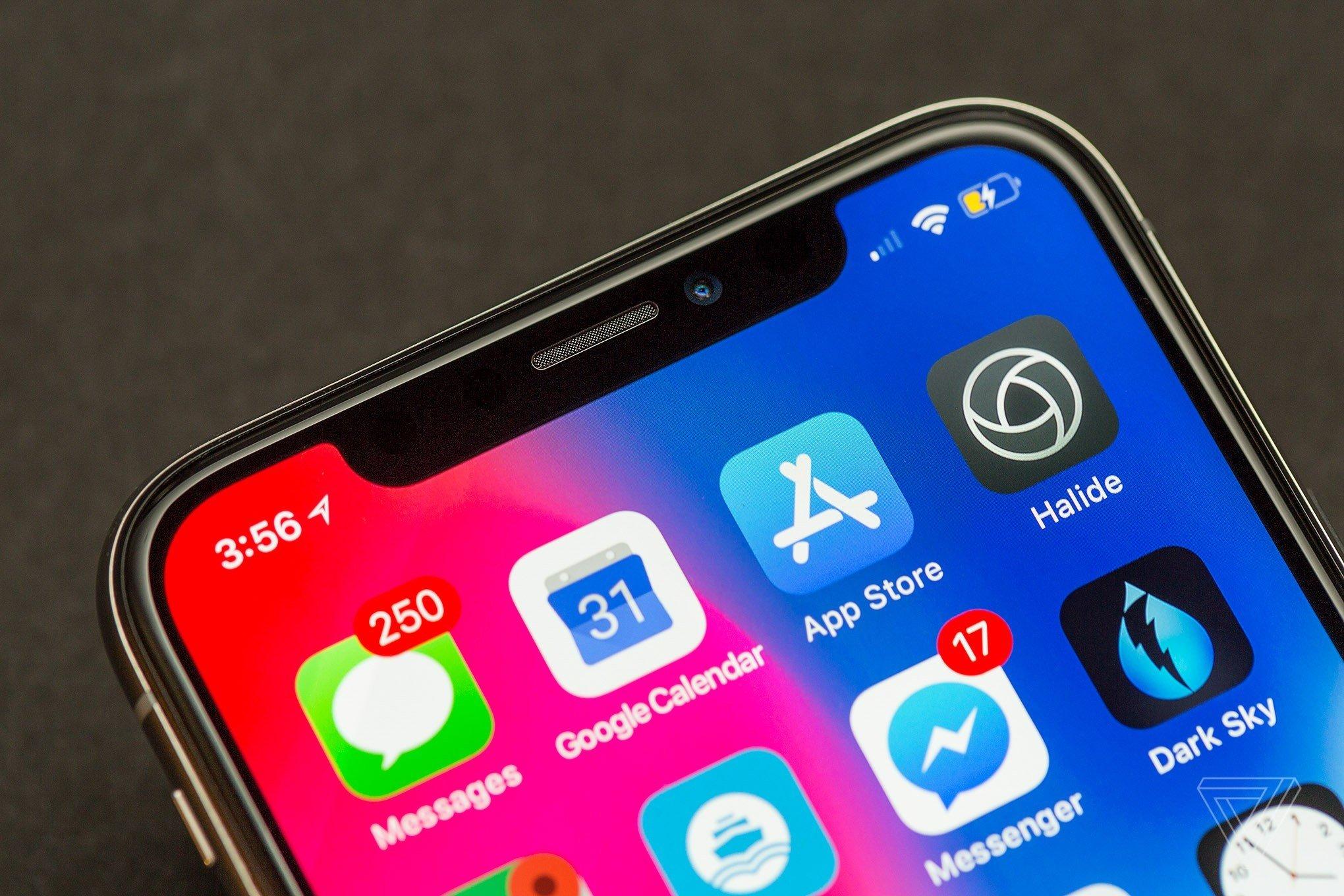 Doanh số iPhone XS thấp, Apple sản xuất lại iPhone X nhằm cứu cánh