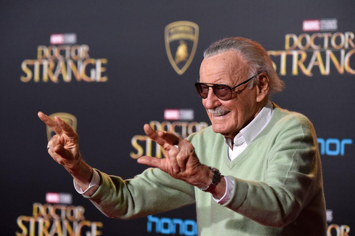 Stan Lee qua đời ở tuổi 95
