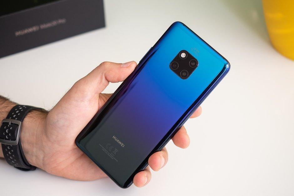 Huawei cán mốc 200 triệu smartphone năm 2018