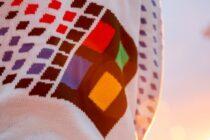 Microsoft phát hành áo len Windows 95 tặng người hâm mộ