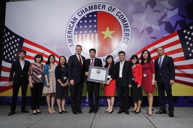 Microsoft Việt Nam nhận giải thưởng Cống hiến Vì Cộng Đồng