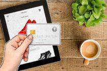 Một phần ba người mua sắm trực tuyến bị thiệt hại tài chính mùa Giáng Sinh