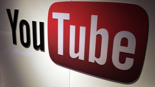 Ngôi sao thu nhập cao nhất trên YouTube chỉ mới 7 tuổi