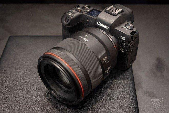 Canon sẽ có máy ảnh không gương lật full-frame hỗ trợ quay video 4K