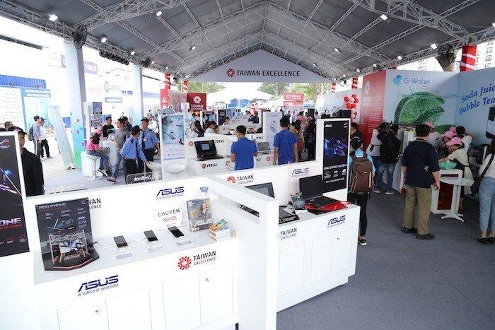 Taiwan Excellence tài trợ sự kiện HCMC Marathon 2019
