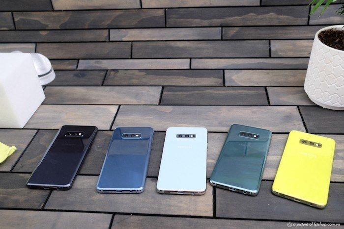 FPT Shop tặng quà 6 triệu đồng cho khách đặt trước Galaxy S10 | S10+