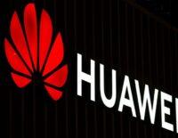 CFO Huawei mang theo MacBook 12 inch, iPhone 7 Plus và iPad Pro khi bị bắt giam.