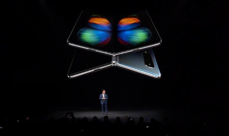 Samsung phát hành video thử nghiệm độ bền màn hình gập của Galaxy Fold