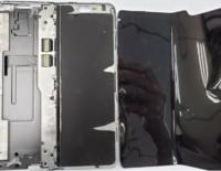 Có gì bên trong smartphone màn hình gập Galaxy Fold?