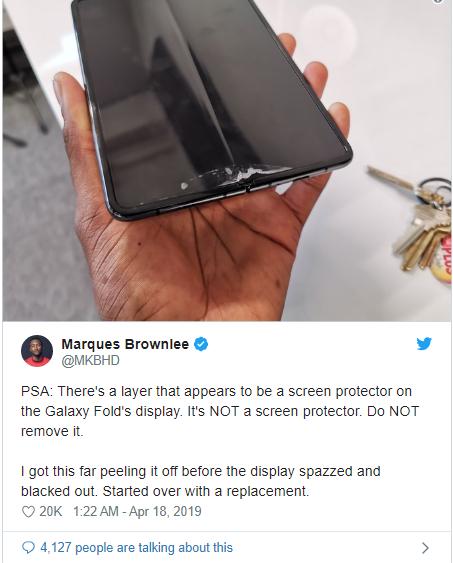 Galaxy Fold bị lỗi lồi màn hình sau một ngày sử dụng