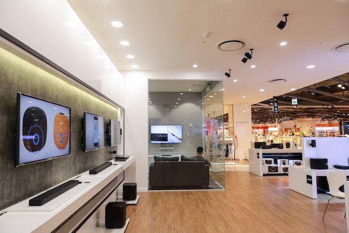 Khai trương Bose Store đầu tiên tại Hà Nội.