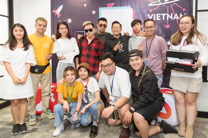 TikTok đón nhận thêm sao Việt tham gia vào nền tảng