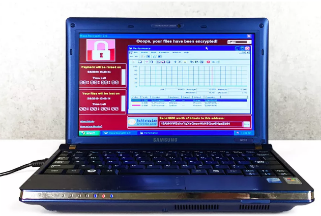 Laptop nhiễm 6 loại virus nguy hiểm được bán với giá 1,2 triệu USD