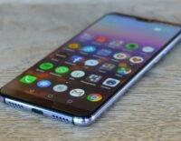 Người dùng có nên tiếp tục sử dụng điện thoại Huawei không?