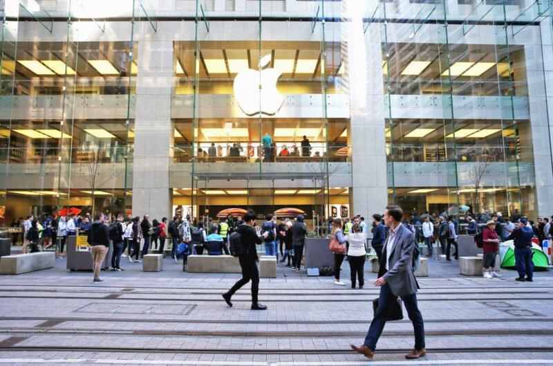 Thiếu niên người Úc bị kết tội tấn công hệ thống máy chủ của Apple