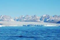 Tan chảy 2 tỷ tấn băng ở đảo Greenland chỉ trong một ngày