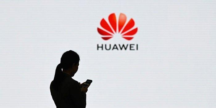 Nhân viên Huawei hợp tác nghiên cứu với quân đội Trung Quốc