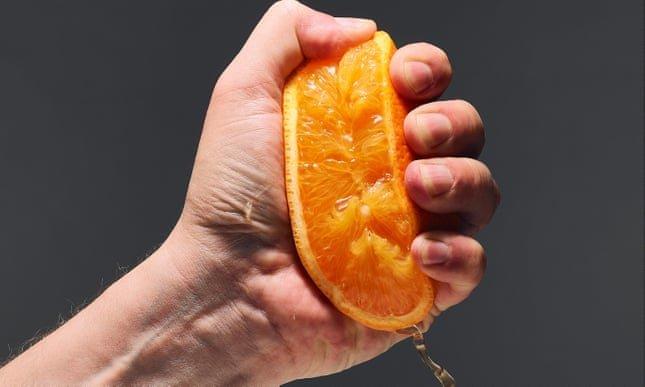 Đường trong nước ép trái cây cũng làm tăng nguy cơ ung thư