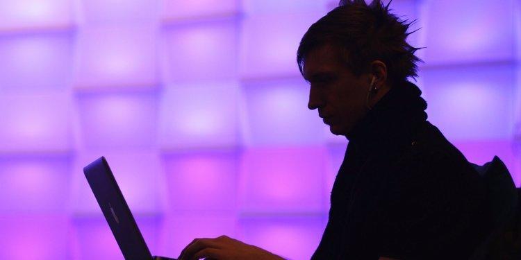 Lập trình viên cài mã logic bomb phá hoại hệ thống Siemens