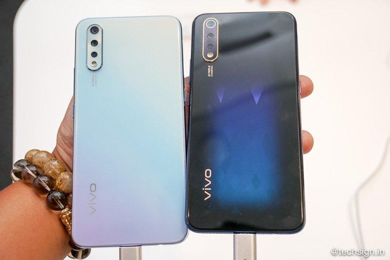 Vivo S1 ra mắt: hai màu, phiên bản đen thạch anh chuyển sắc ấn tượng
