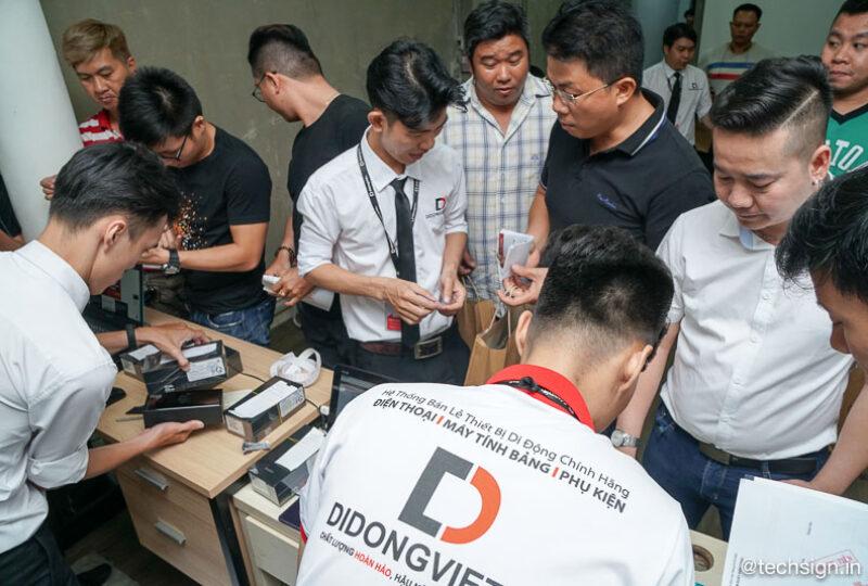 Mai Nguyên, Di Động Việt nhộn nhịp giao hàng Galaxy Note10 và Note10+ ngay trong đêm