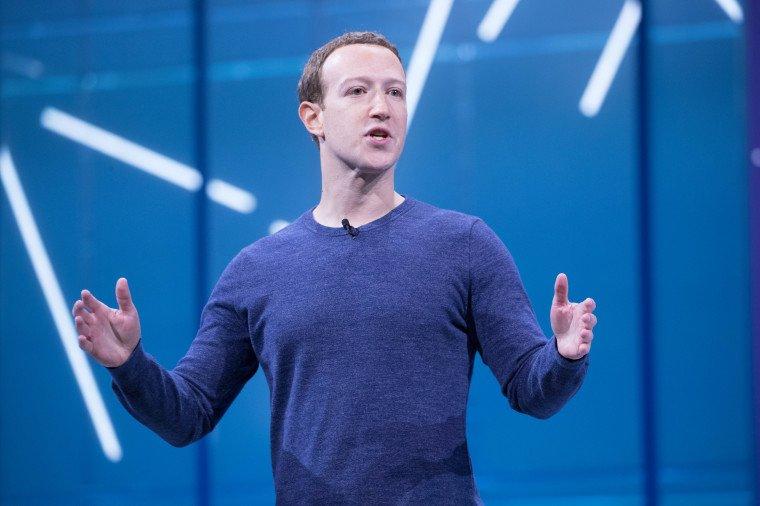 """Facebook sẽ """"đóng dấu"""" thương hiệu lên WhatsApp và Instagram"""
