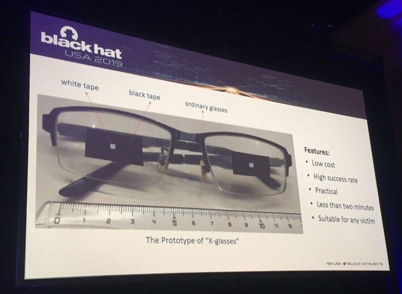 Hack Face ID dễ dàng với một cặp mắt kính và vài miếng băng dính