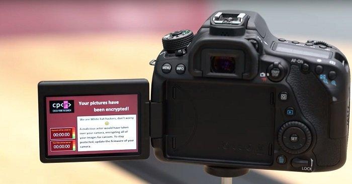 Máy ảnh DSLR dễ bị tấn công bằng mã độc tống tiền