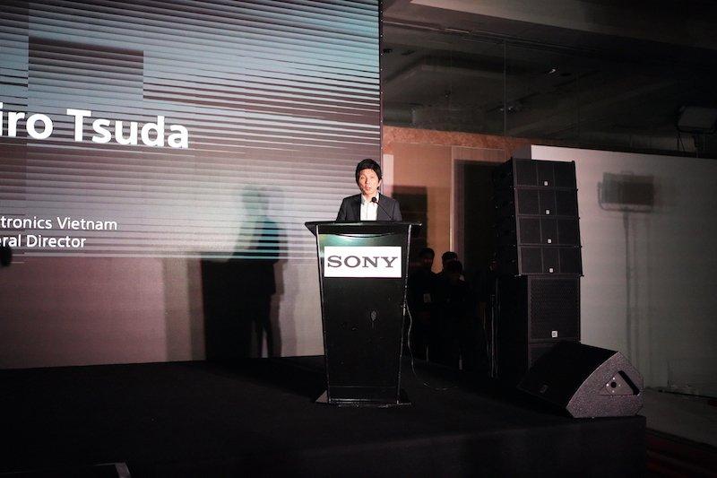 Sony Alpha 7R IV và RX100 VII ra mắt, giá 90 và 32 triệu đồng
