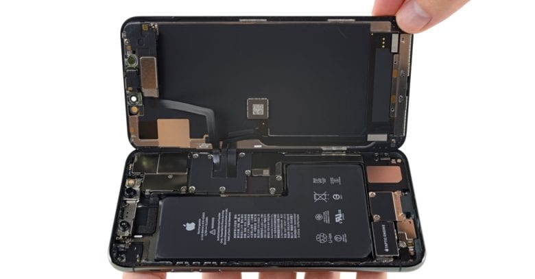 Tin đồn phần cứng iPhone 11 hỗ trợ sạc không dây ngược là chính xác