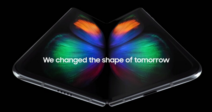 Samsung hỗ trợ thay màn hình Galaxy Fold giá rẻ