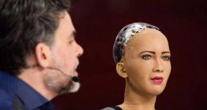 Bạn có muốn bán bản quyền khuôn mặt với giá 130.000 USD?
