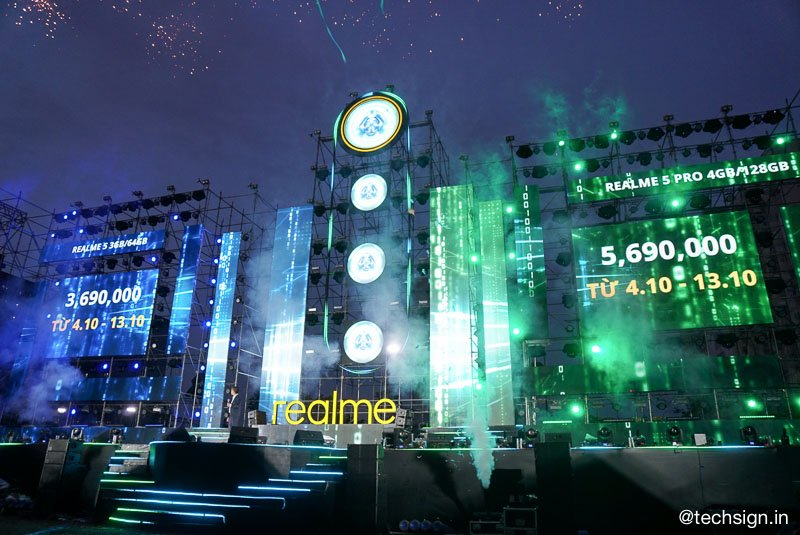 Realme 5 và 5 Pro lên kệ ngày mai, giá từ 4 triệu đồng