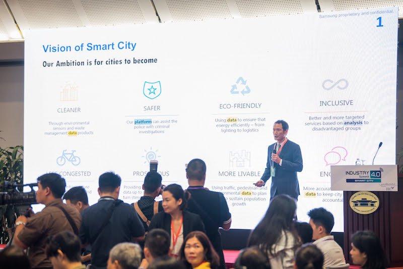 Samsung đồng hành cùng chiến lược chuyển đổi số của Việt Nam