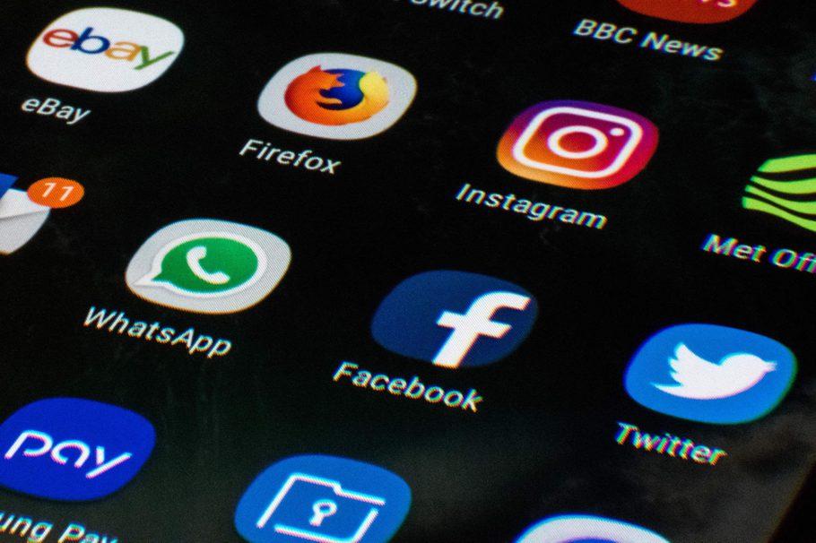 Gần 90% người dùng Internet trên toàn cầu đang bị giám sát