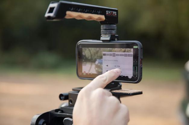 iPhone 11 Pro có thể thay thế máy quay chuyên nghiệp không?