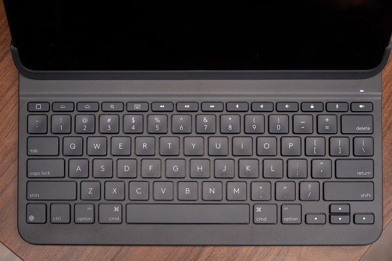 Logitech Slim Folio Pro: Bàn phím không dây cho iPad Pro