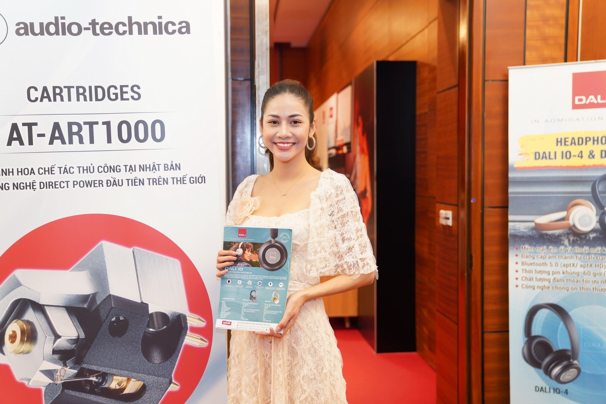 Vòng quanh triển lãm thiết bị nghe nhìn AV Show lần thứ 17 tại Hà Nội