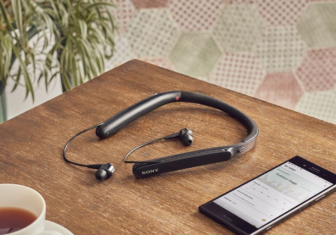 Sony ra mắt tai nghe chống ồn choàng cổ WI-1000XM2