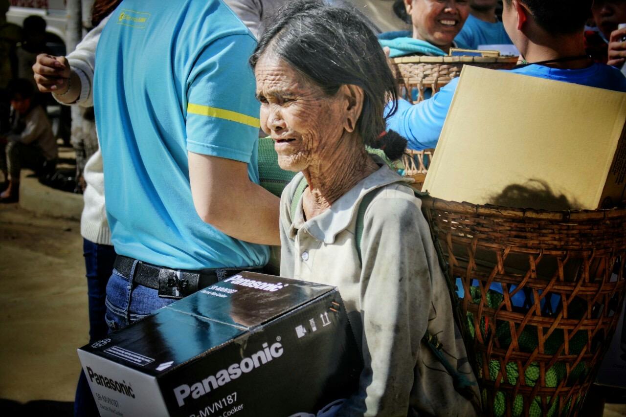 """Điện máy Xanh khởi động chương trình """"Cơm dẻo - Bếp ấm"""" mang Tết ấm no đến bà con nghèo"""