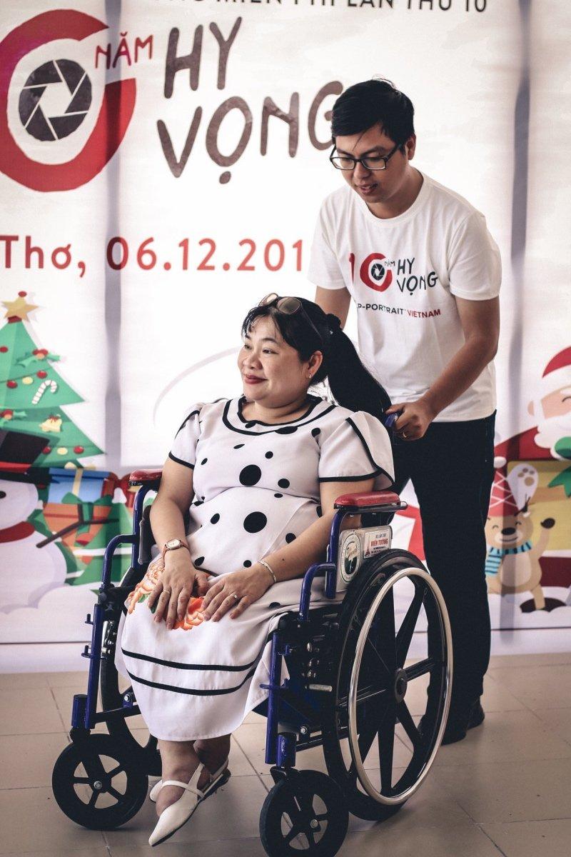 Tròn 10 năm Canon đồng hành cùng Help Portrait Việt Nam