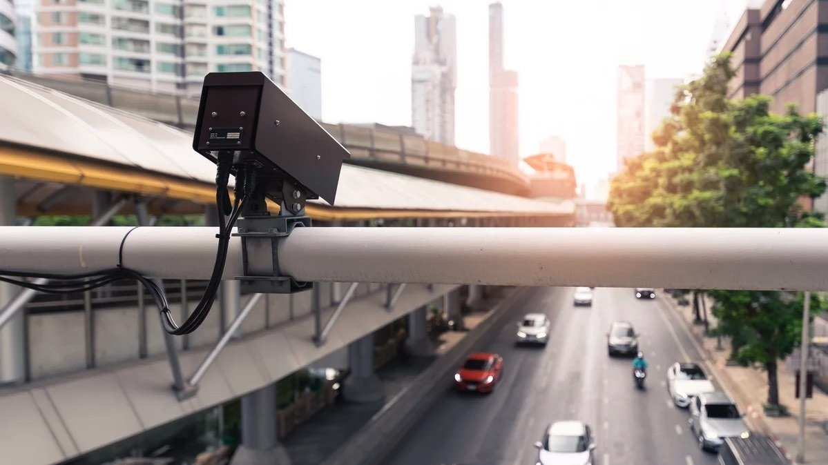 Úc là nước đầu tiên dùng camera giao thông phát hiện smartphone
