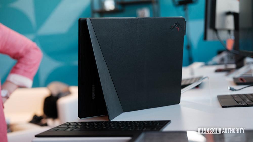 Lenovo ThinkPad X1 Fold là laptop màn hình gập đầu tiên trên thế giới