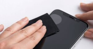 Nên chọn miếng dán màn hình nào để phù hợp với smartphone?