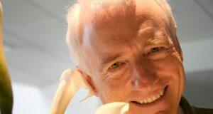 Larry Tesler, vị cha đẻ của tính năng cắt, sao chép và dán, qua đời ở tuổi 74