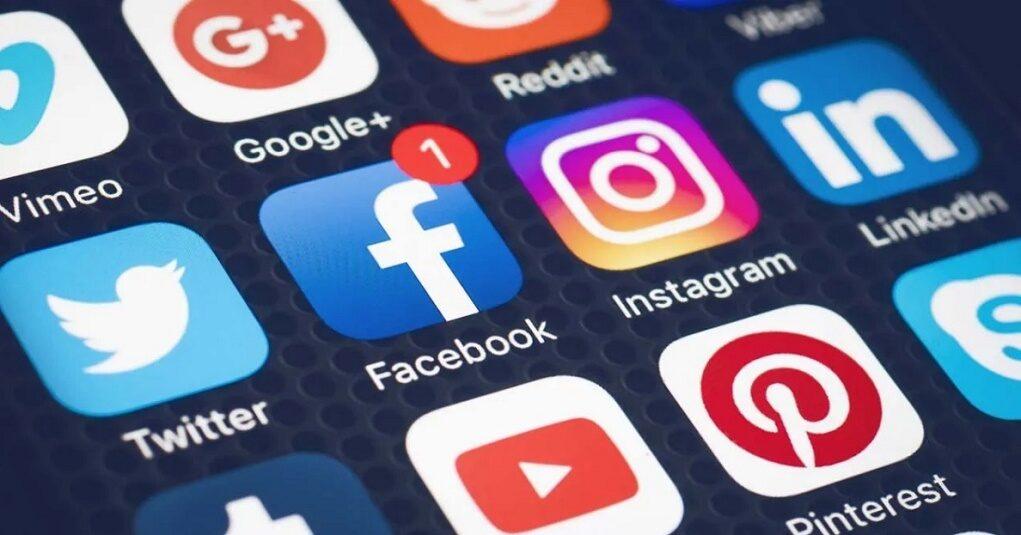 9 điều không nên chia sẻ trên mạng xã hội