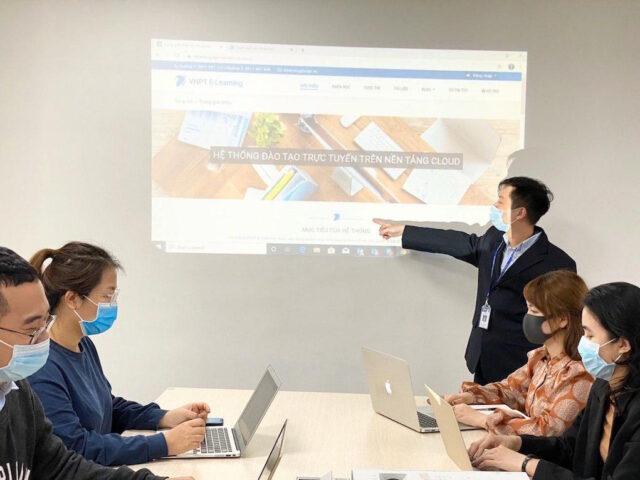 VNPT đồng hành cùng giáo dục trực tuyến vượt qua dịch COVID-19