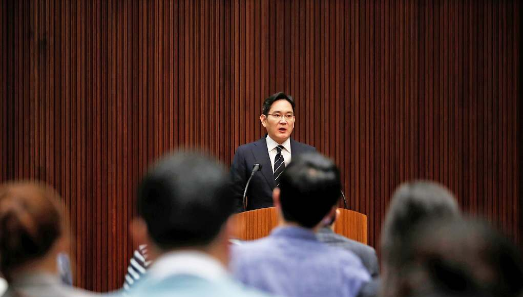 Người thừa kế Samsung chính thức xin lỗi, hứa không trao quyền quản lý cho con cái