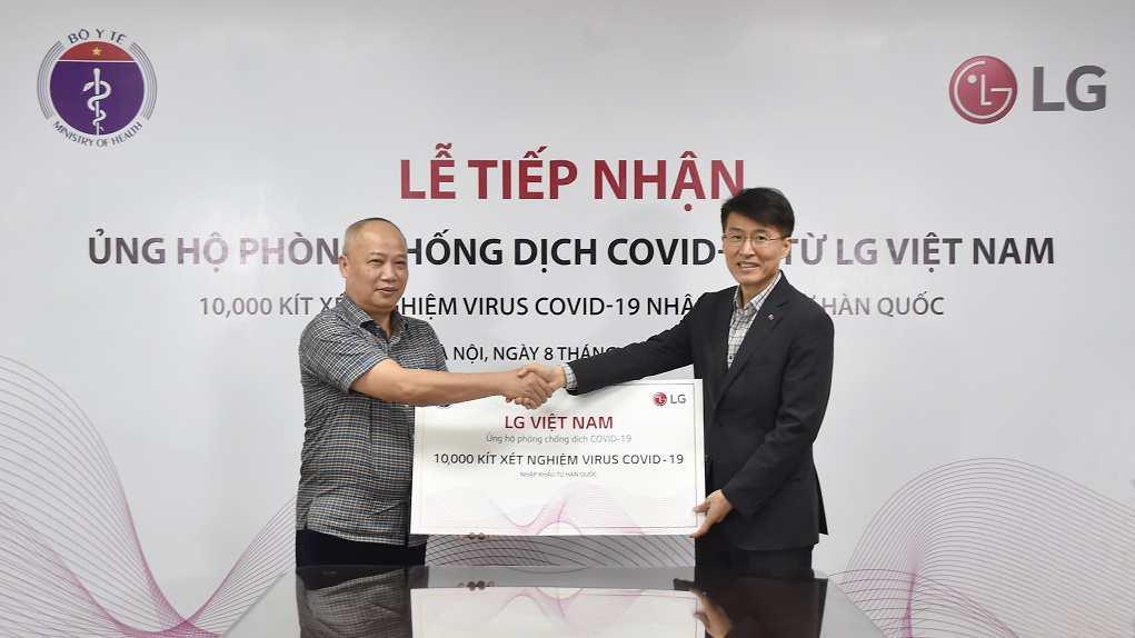 LG tài trợ 10.000 bộ kit xét nghiệm COVID-19 cho Bộ Y tế Việt Nam